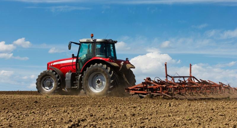 Farmer-Plowing-The-Field_800